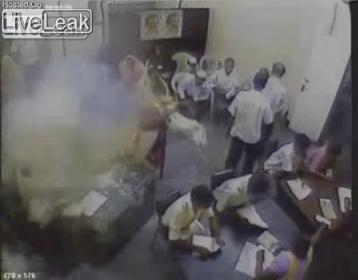TamilTigerSuicideBombing4